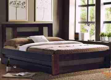 Кровать из массива сосны КМ-1.6ПМ