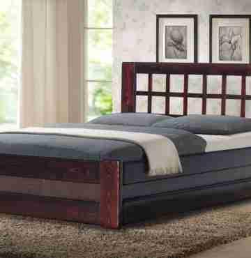 Кровать из массива сосны КМ-1.1ПМ