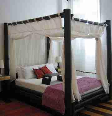 Кровать бамбуковая 2,2м x 1,9м №1