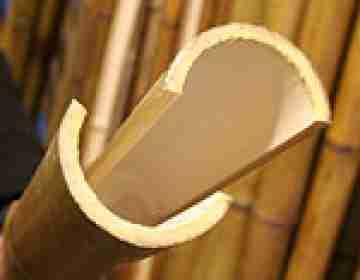 Половинка бамбука обожжен. d 40-50мм L=2,8-3м