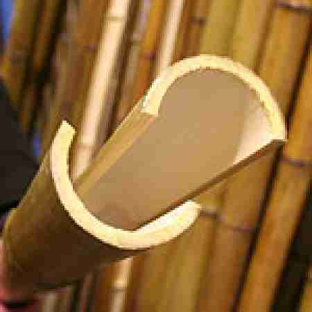 Половинка бамбука обожжен. d 80-90 мм L=2,8-3м