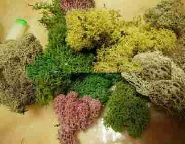 Цветной искусственный мох