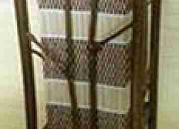 Светильник настольный 101120-006 Ширина: 15,24 см Длина: 15,24 см Высота: 33,02 см